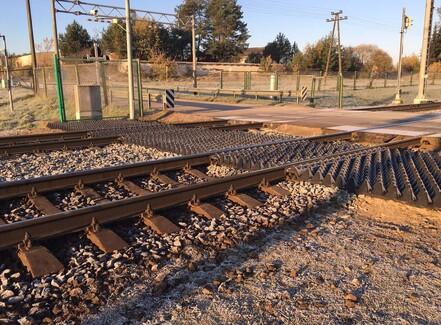Gummiplader skal stoppe dødsfald på svenske jernbaner